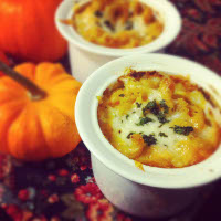 pumpkin and smoked gouda mac and cheese cups