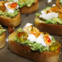 goat cheese red pepper jelly bruschetta